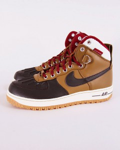 http://www.footish.se/sneakers/nike-air-force-1-duckboot--2