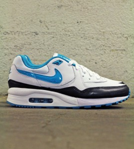 http://www.footish.se/sneakers/nike-wmns-air-max-light-essential-2