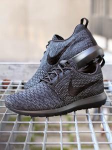 Nike-2BFlyknit-2BRosherun-2B677243-005