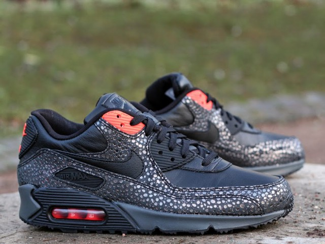 new product e15b6 ac1b2 Nike Air Max 90 Deluxe