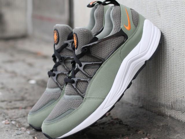 Nike_Air_Huarache_Light_306127-380