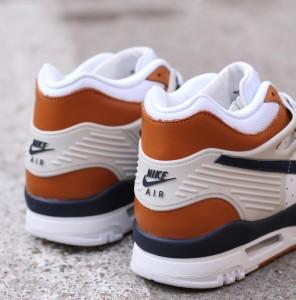 Nike_Air_Trainer_3_Premium_705425-100_3
