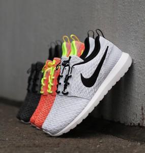 Nike_Flyknit_Rosherun_677243-101