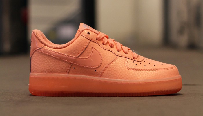 Nike_Wmns_Air_Force_1_07_616725-800