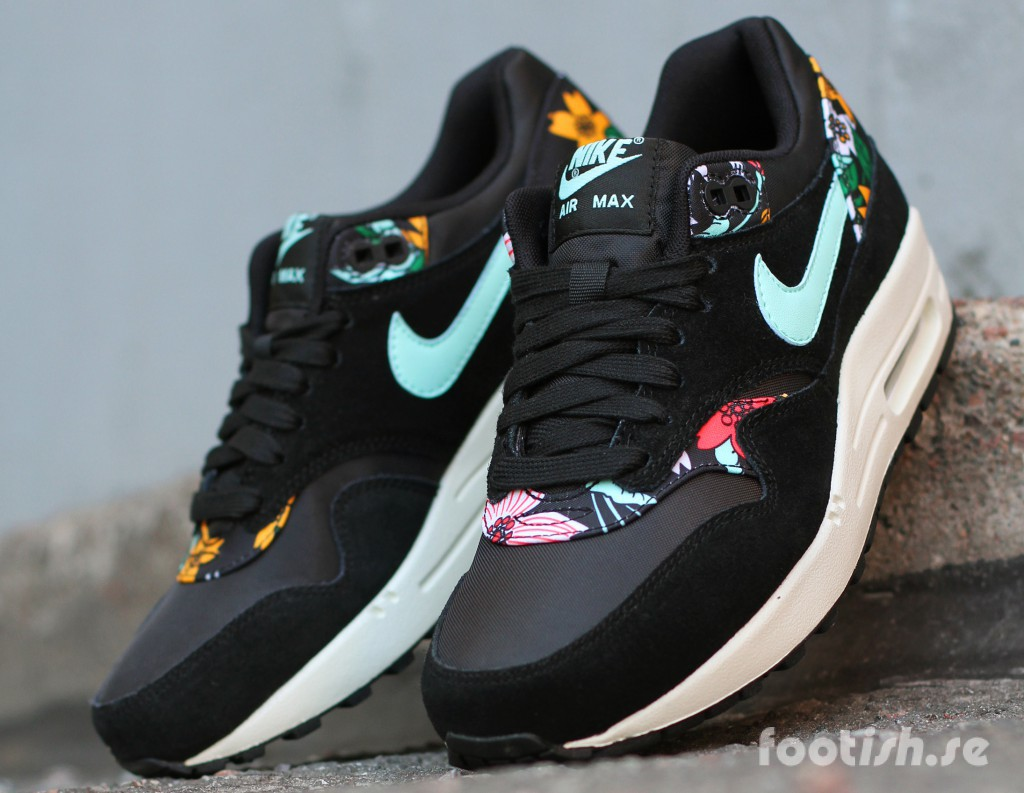 Nike-Wmns-Air-Max-1-Print-Aloha-Pack