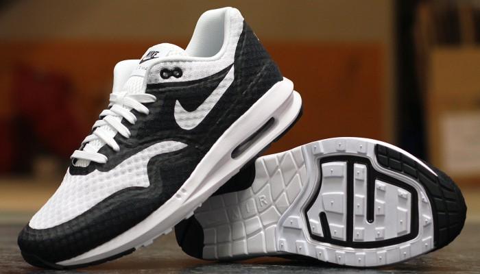 Nike-Air-Max-Lunar1-BR-684808-100