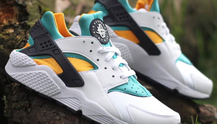 Nike-Air-Huarache-318429-137