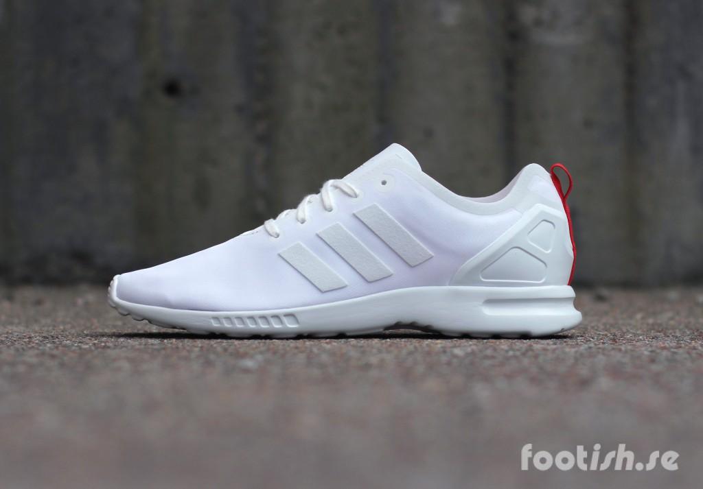 adidas-Originals-ZX-Flux-Smooth-S82886