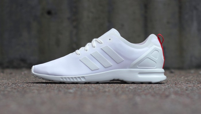 adidas-Originals-ZX-Flux-Smooth-S82886