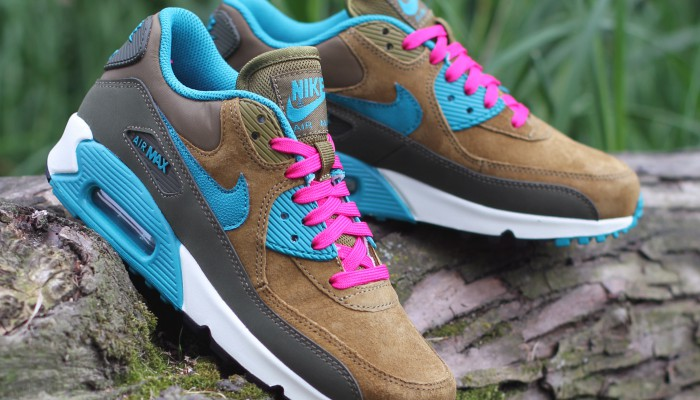 Nike-Wmns-Air-Max-90-Leather