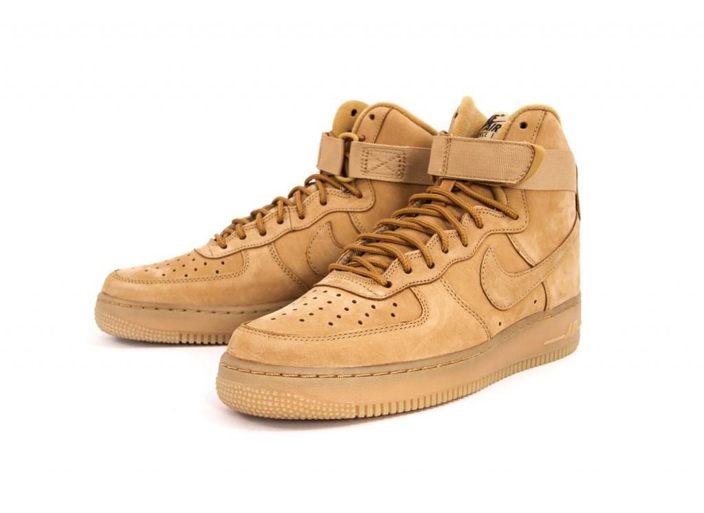 Nike-Air-Force-1-High-07-LV8-806403-200-1
