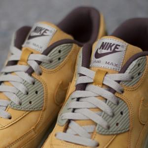Nike-Air-Max-90-Winter-Premium-683282-700-2