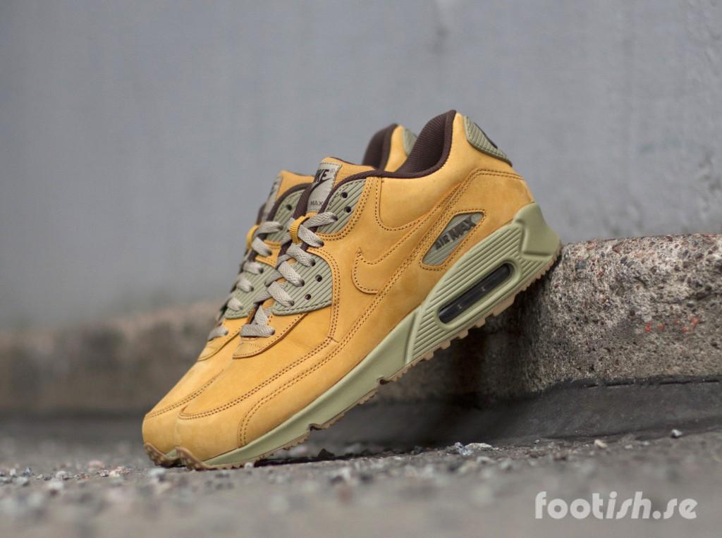 Nike-Air-Max-90-Winter-Premium-683282-700