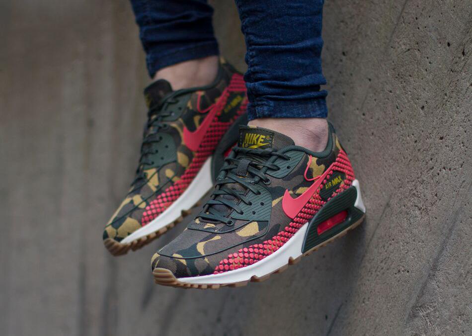 Nike-Wmns-Air-Max-90-Jacquard-Premium-807298-200