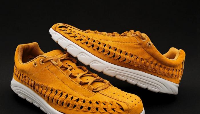 Nike Mayfly Woven - 833132-700