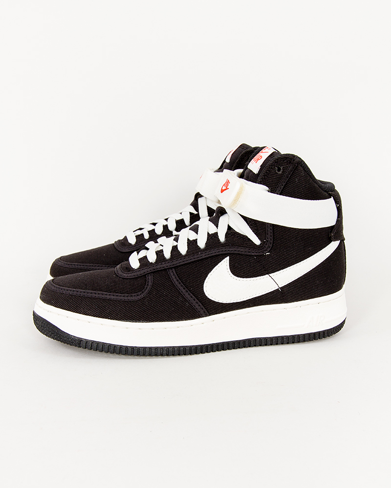 nike-air-force-1-high-retro-832747-001-1