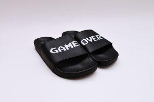 vans_nintendo_gameover_sandal
