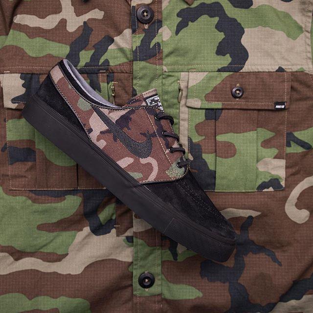 888a935852de Nike SB Zoom Stefan Janoski OG – 833603-002 Black Black-Medium Olive-White