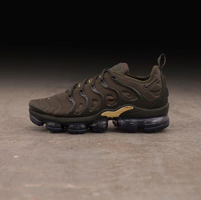 c661f3e09a2 Nike Vapormax Plus – 924453-300
