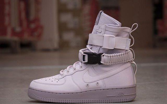 meet f52f0 b58e9 Nike Wmns SF Air Force 1 - 857872-003