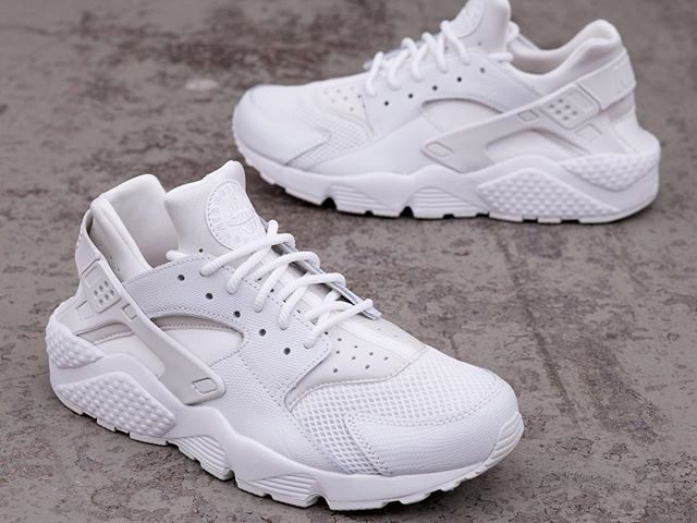best service 3f909 7e523 Nike Wmns Air Huarache Run SE – 859429-101