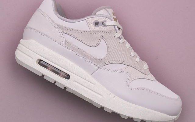 Nike Air Max 90 – 325213 048 | Footish